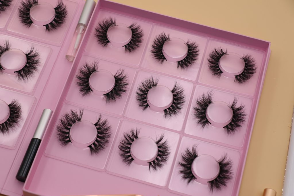 Eyelash Manufacturer Mink Lash Vendor Wholesale Lash Vendor 3D Mink Eyelash Vendors
