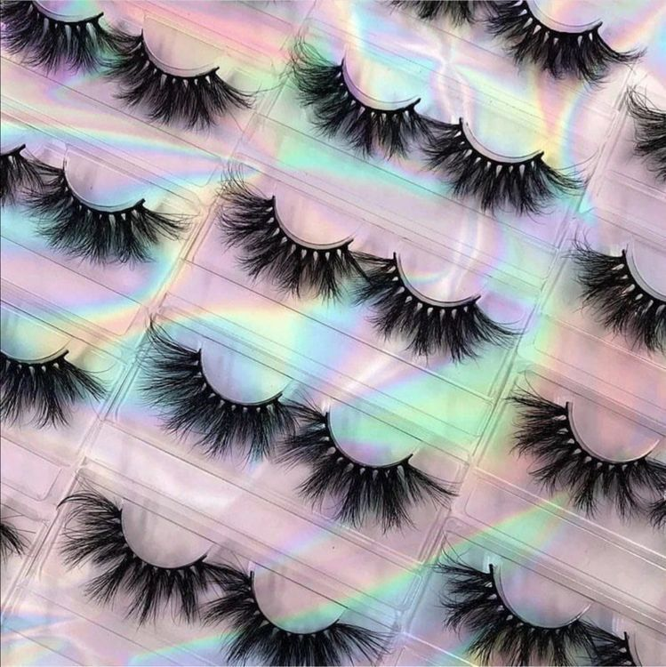 How to Start my Own eyelash business?